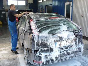 chemia do mycia samochodów